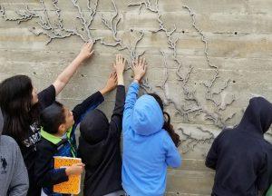 Confluence Park River Sculpture with School Children